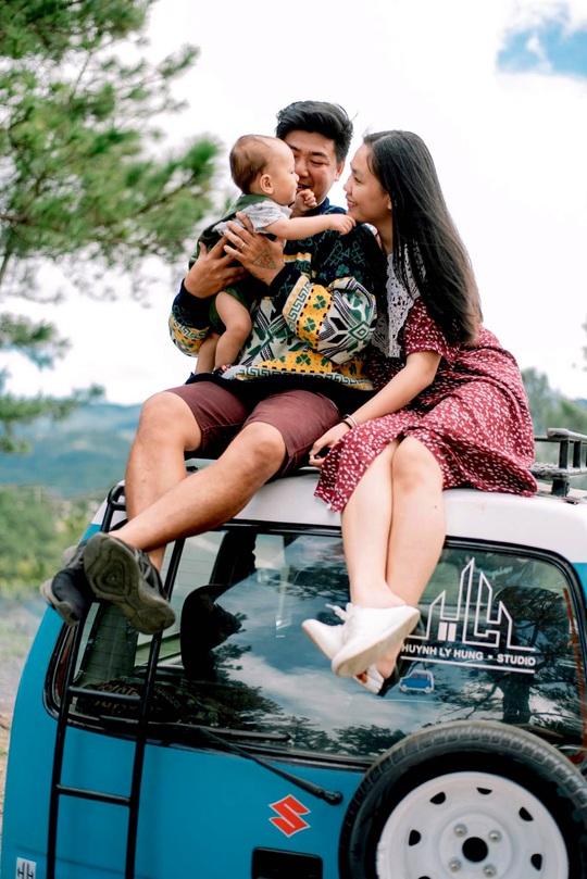 Gia đình vi vu khắp Việt Nam bằng ôtô tự cải tạo - Ảnh 14.