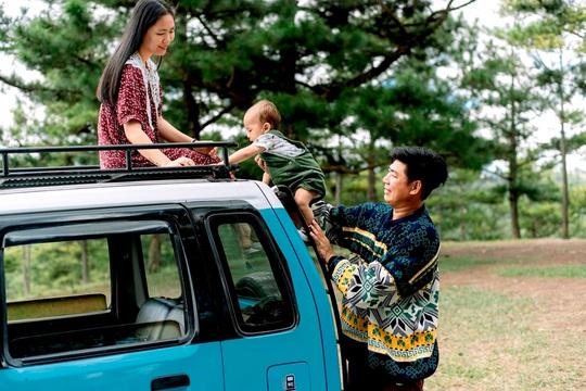 Gia đình vi vu khắp Việt Nam bằng ôtô tự cải tạo - Ảnh 18.