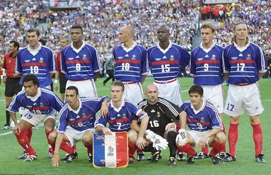 Sao tuyển thủ Pháp vô địch World Cup 1998 đá giao hữu ở Việt Nam - Ảnh 3.