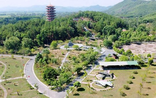Ngã ba Đồng Lộc thành điểm du lịch tâm linh - Ảnh 3.