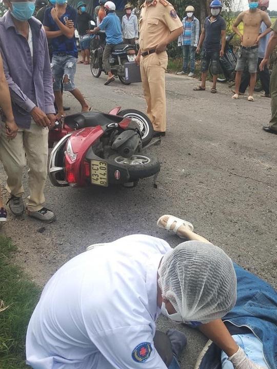 Quảng Nam: Cô gái đi xe máy gục chết sau tiếng nổ lớn phát ra từ đống rác - Ảnh 1.
