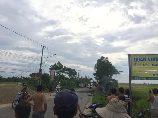 Quảng Nam: Cô gái đi xe máy gục chết sau tiếng nổ lớn phát ra từ đống rác - Ảnh 2.