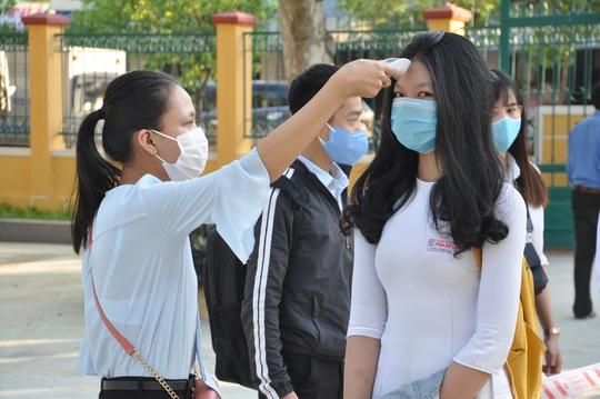 Quảng Nam dự tính miễn học phí cho học sinh, trừ con cán bộ - Ảnh 1.