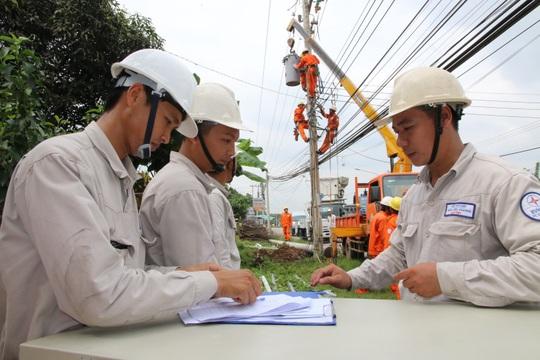 EVNSPC bảo đảm cấp điện ổn định và an toàn trong dịp lễ 2-9 - Ảnh 1.