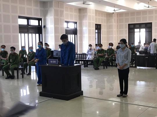Xét xử đường dây đưa người Trung Quốc nhập cảnh trái phép: Bị cáo khai sang Việt Nam để bán hàng trên mạng - Ảnh 1.