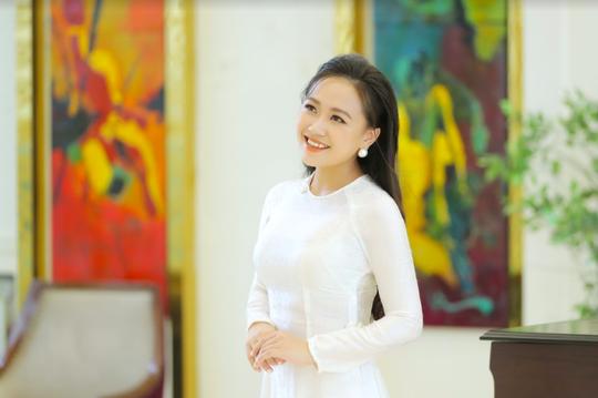 Ca sĩ Nguyễn Phương Thanh ra mắt dự án Hương sen dâng Người - Ảnh 1.