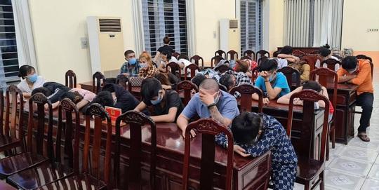 Bữa tiệc không giới hạn của 23 nam nữ thanh niên trong căn nhà ở Đồng Nai - Ảnh 1.