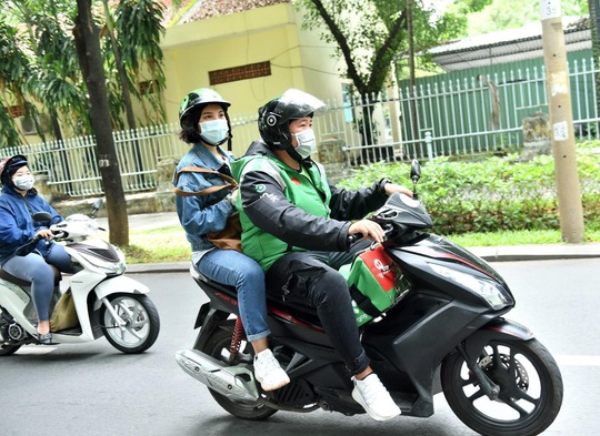 Gojek Việt Nam nổi bật với màu xanh và đen đặc trưng - Ảnh 2.