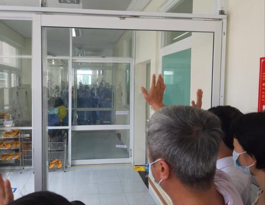 Thêm 18 ca mắc Covid-19, hầu hết ở Đà Nẵng và 1 bác sĩ ở Đồng Nai - Ảnh 3.