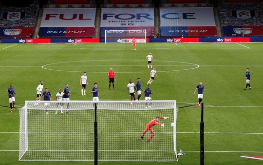 Siêu phẩm ngỡ ngàng, Fulham đại thắng trận cầu 170 triệu bảng - Ảnh 5.