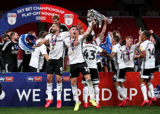 Siêu phẩm ngỡ ngàng, Fulham đại thắng trận cầu 170 triệu bảng - Ảnh 10.