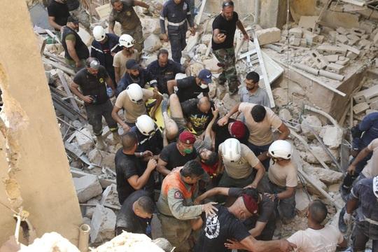 Còn uẩn khúc sau vụ nổ cực lớn ở Lebanon? - Ảnh 1.