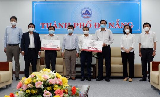 Tập đoàn BRG và SeABank ủng hộ 1 tỉ đồng, 20.000 khẩu trang kháng khuẩn cho Đà Nẵng - Ảnh 1.