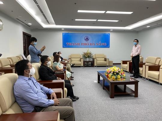 Đà Nẵng, Quảng Nam tiếp nhận hỗ trợ từ Tập đoàn Hưng Thịnh thông qua Báo Người Lao Động - Ảnh 5.