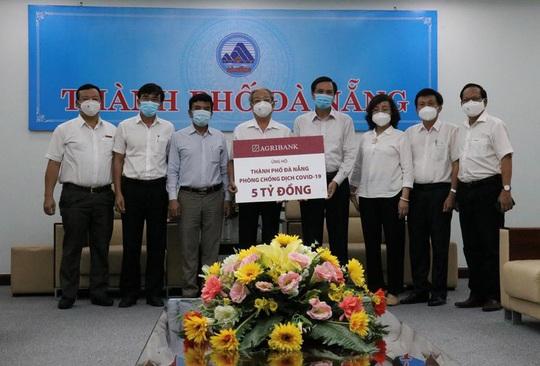 Agribank ủng hộ 5 tỉ đồng hỗ trợ thành phố Đà Nẵng phòng chống dịch Covid-19 - Ảnh 1.