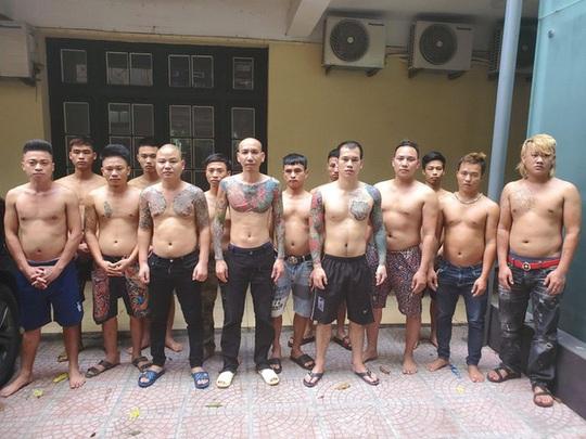 Cục Cảnh sát Hình sự bắt khẩn cấp Phú Lê, triệu tập hàng chục đàn em - Ảnh 1.