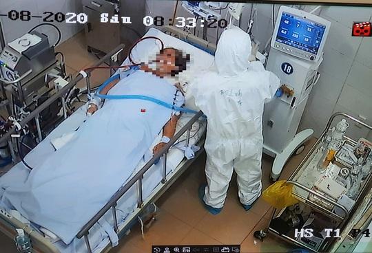Hai nữ bệnh nhân Covid-19 33 tuổi và 47 tuổi tử vong - Ảnh 1.