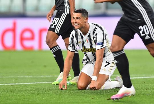 Ronaldo lập cú đúp, Juventus vẫn bị hất văng khỏi Champions League - Ảnh 6.