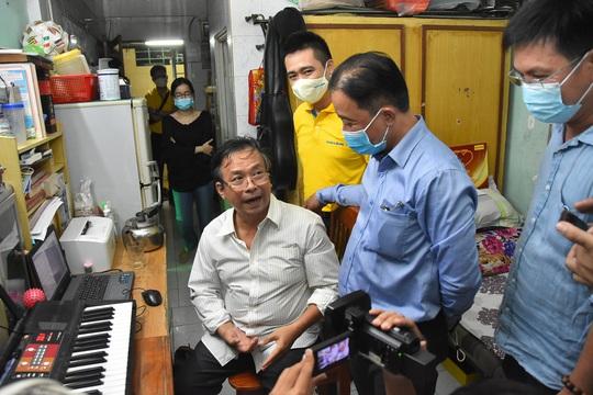 Mai Vàng nhân ái đến thăm nhạc sĩ Phan Thao và nhạc sĩ Kỳ Anh - Ảnh 5.