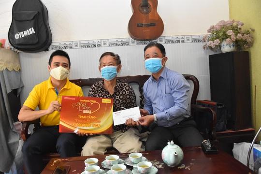 Mai Vàng nhân ái đến thăm nhạc sĩ Phan Thao và nhạc sĩ Kỳ Anh - Ảnh 3.
