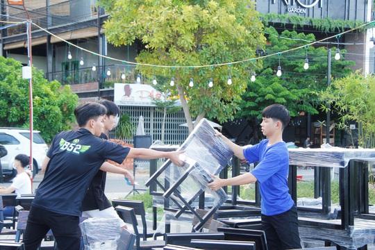 Đà Nẵng tất bật trước giờ G cho phép nhà hàng, quán ăn phục vụ tại chỗ - Ảnh 3.
