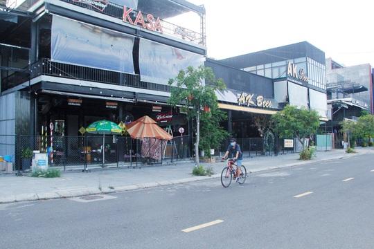 Đà Nẵng tất bật trước giờ G cho phép nhà hàng, quán ăn phục vụ tại chỗ - Ảnh 9.