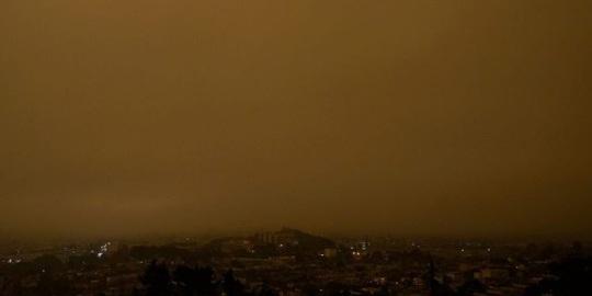 Bầu trời San Francisco biến thành màu cam như sao Hỏa - Ảnh 6.