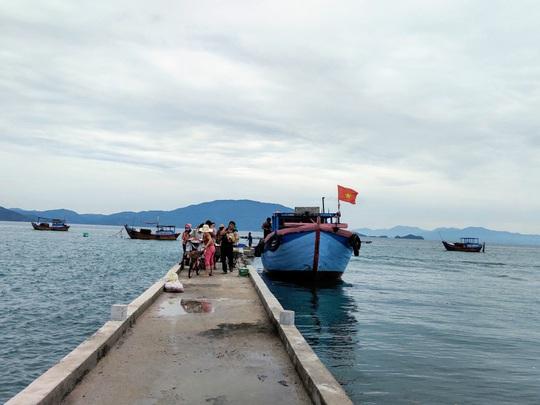 Con đường giữa biển thần kỳ ở Điệp Sơn - Ảnh 2.