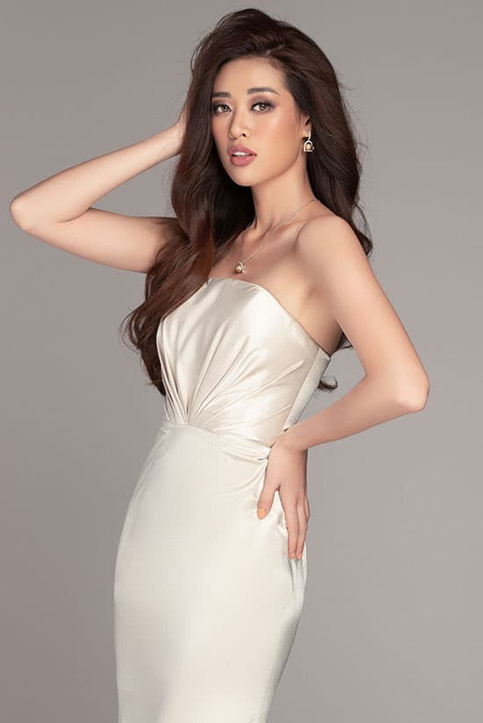 Hoa hậu Khánh Vân khoe vẻ cuốn hút trên tạp chí thời trang quốc tế - Ảnh 7.