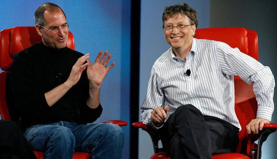Tạo ra gã khổng lồ Microsoft, Bill Gates vẫn ghen tị với Steve Jobs - Ảnh 2.