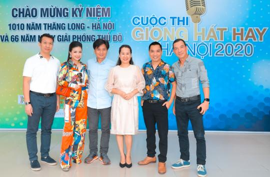 Hơn 400 thí sinh tranh tài vòng sơ khảo Giọng hát hay Hà Nội - Ảnh 4.
