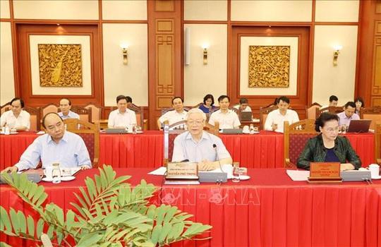 Tổng Bí thư, Chủ tịch nước chủ trì buổi làm việc với Thường vụ Thành ủy Hà Nội - Ảnh 4.