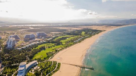Tập đoàn FLC chuẩn bị khánh thành khách sạn lớn nhất Việt Nam tại Quy Nhơn - Ảnh 3.