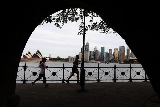 """GS Úc: Không làm ăn với Trung Quốc, Úc cũng không thành """"rác thải"""" - Ảnh 1."""
