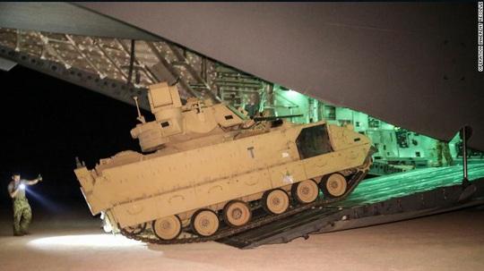 Mỹ điều thêm quân đến Syria để đối đầu với Nga - Ảnh 1.