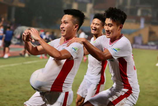 Quang Hải tỏa sáng phút 88, Hà Nội FC bảo vệ thành công cúp Quốc gia - Ảnh 3.