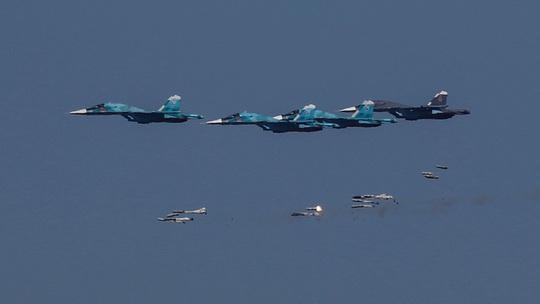 Nga mở cuộc không kích lớn nhất ở Syria từ khi ngừng bắn - Ảnh 1.