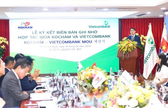 """Kocham """"bắt tay"""" mạnh mẽ với Vietcombank - Ảnh 1."""