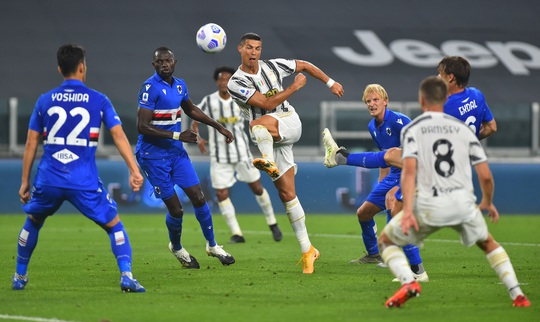 Ronaldo khai hỏa, Juventus mở màn mãn nhãn ở Turin - Ảnh 1.