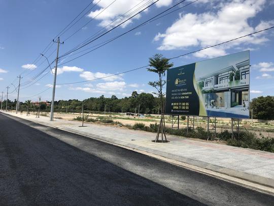 UBND huyện đấu giá chui hàng trăm lô đất - Ảnh 2.