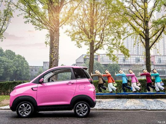 Chiếc ôtô 2 chỗ đi chợ, đón con rẻ giá chỉ nhỉnh hơn Honda SH - Ảnh 2.