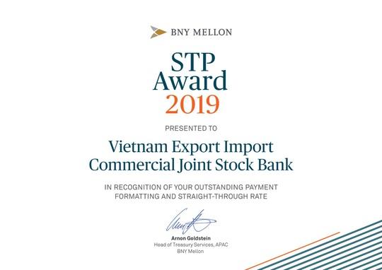 Bank of New York Mellon trao giải STP Award cho Eximbank - Ảnh 1.