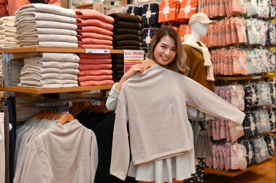 Uniqlo chính thức khai trương cửa hàng thứ hai tại Hà Nội - Ảnh 2.