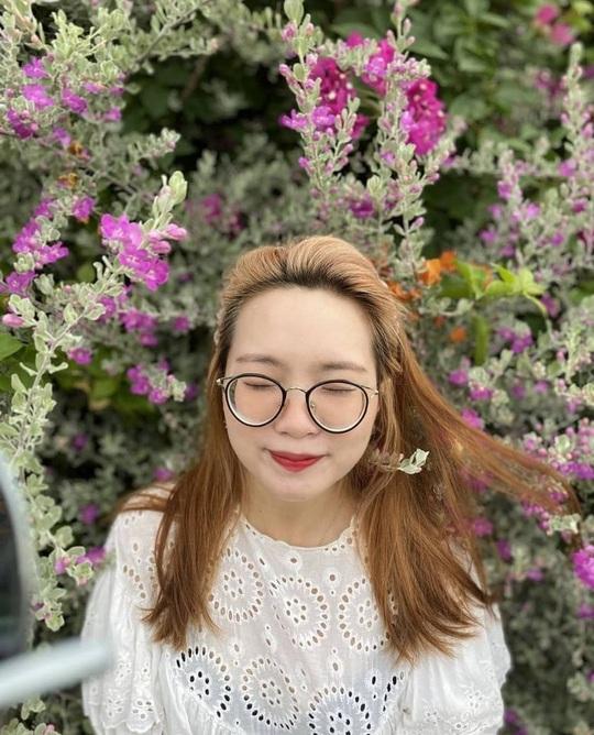 Phát hiện thiên đường sống ảo với background hoa cỏ lãng mạn nhất Quy Nhơn - Ảnh 4.