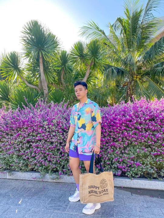 Phát hiện thiên đường sống ảo với background hoa cỏ lãng mạn nhất Quy Nhơn - Ảnh 6.