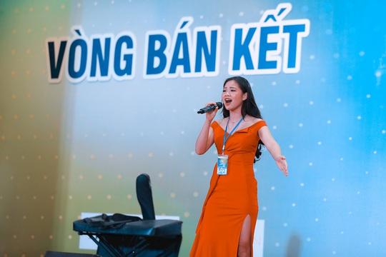10 thí sinh vào chung kết Giọng hát hay Hà Nội 2020 - Ảnh 2.