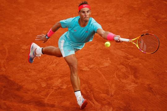 Clip Vua Rafael Nadal, Hoàng tử Dominic Thiem thắng dễ trận ra quân Roland Garros - Ảnh 3.