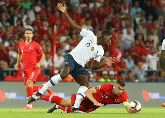Paul Pogba bị loại khỏi tuyển Pháp vì nhiễm Covid-19 - Ảnh 2.