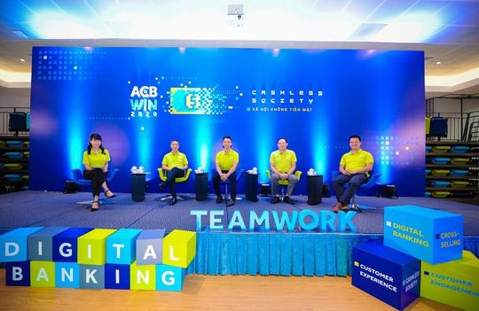 ACB WIN 2020 nhận bài dự thi chủ đề Xã hội không tiền mặt - Ảnh 1.