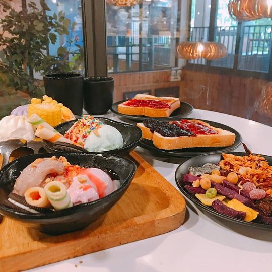 4 điểm ăn buffet giá dưới 200.000 đồng tại TP HCM - Ảnh 16.